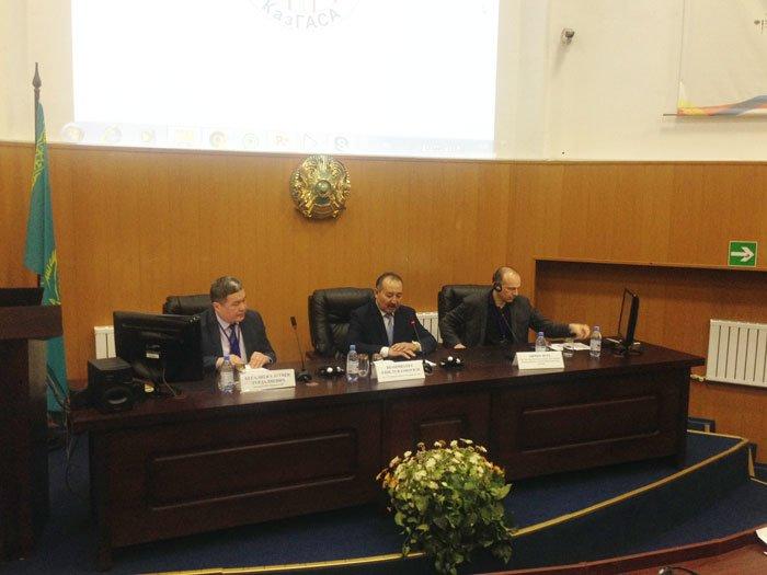 В КазГАСА г. Алматы проходит конференция (фото 2)