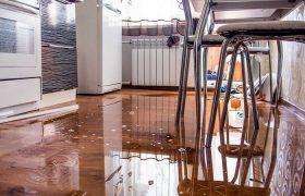 Залив квартиры по вине управляющей компании. Опыт России